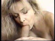 Blond milf likes oral